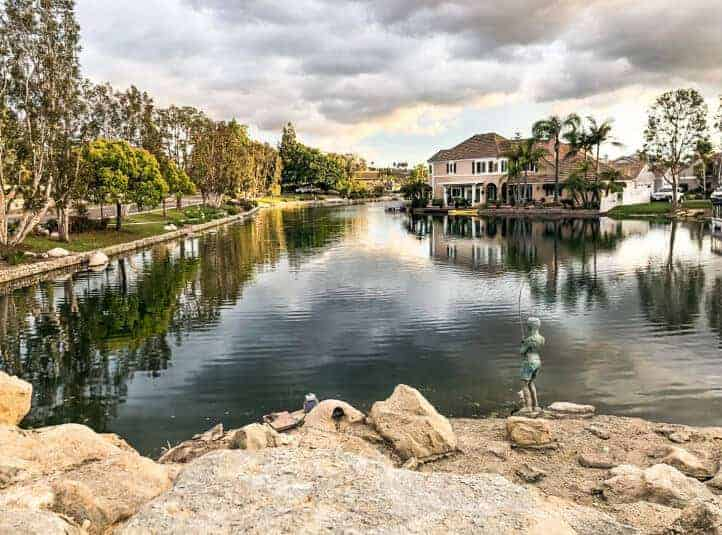 Home owners association pond maintenance